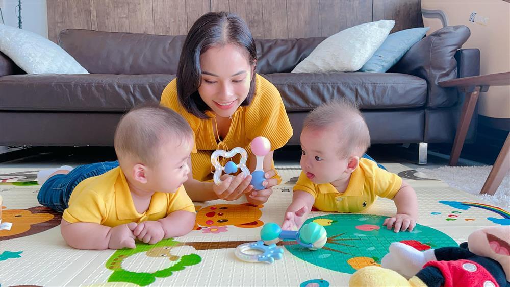 Được bác sĩ chọn ngày yêu giúp, vợ chồng nhạc sĩ Dương Khắc Linh chỉ việc làm theo, đậu luôn thai đôi-13