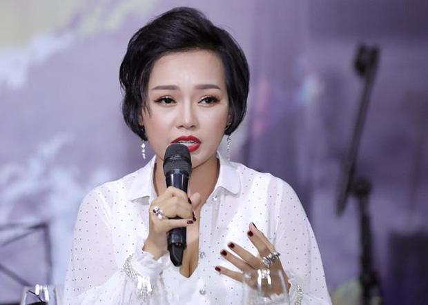 1 nữ ca sĩ Vbiz ủng hộ thu hồi danh hiệu NSƯT của Hoài Linh, ai ngờ sau đó phải đăng đàn bức xúc vì bị tấn công?-3