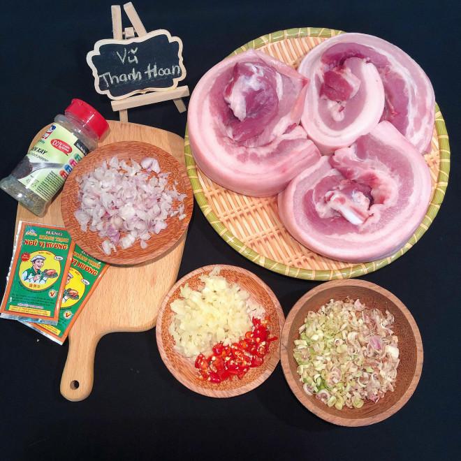 Nắng nóng đặc biệt gay gắt thì đem thịt ra phơi, làm 1 ngày có món ngon ăn cả năm không chán-1
