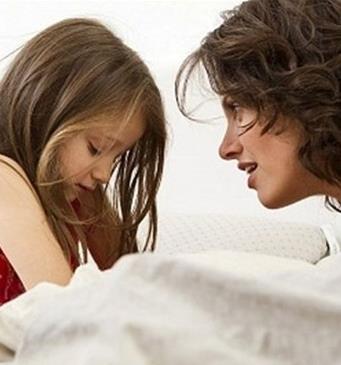 Buổi tối trước khi đi ngủ, mẹ nhất định phải hỏi trẻ những câu này, về sau trẻ sẽ biết ơn rất nhiều!-2