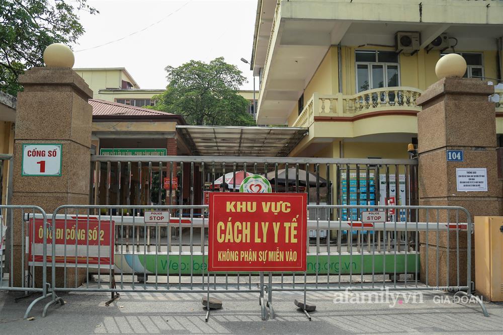 BV Bắc Thăng Long tạm phong tỏa, dừng tiếp nhận bệnh nhân vì người phụ nữ bán rau dương tính SARS-CoV-2 từng đến khám-2