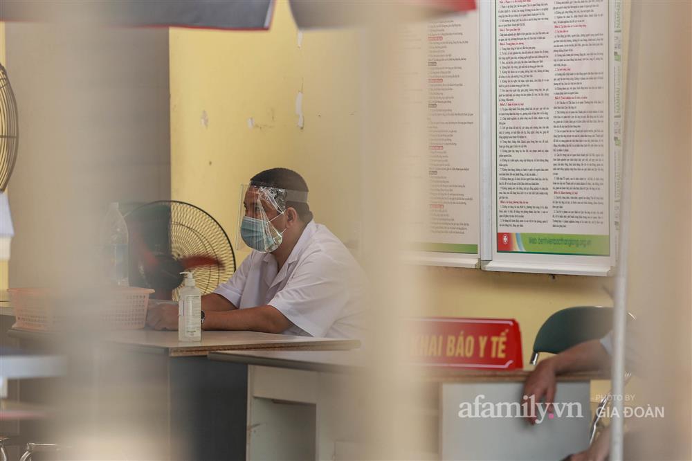 BV Bắc Thăng Long tạm phong tỏa, dừng tiếp nhận bệnh nhân vì người phụ nữ bán rau dương tính SARS-CoV-2 từng đến khám-4