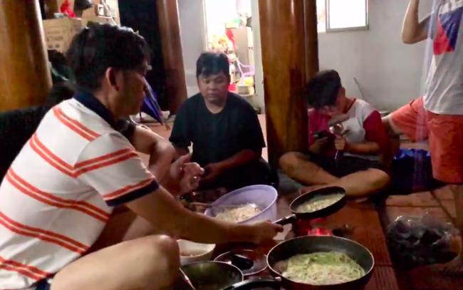 Rộ video được cho là Hoài Linh tụ tập ăn uống đúng ngày tuyên bố phẫu thuật?-3