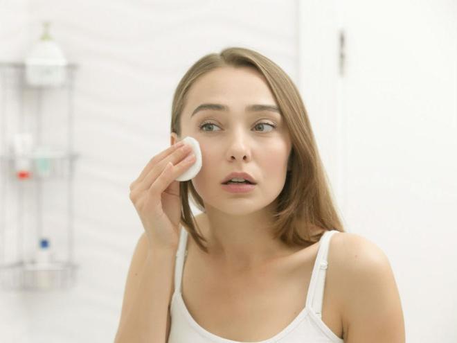 6 sai lầm khi rửa mặt khiến da bạn xấu đi mỗi ngày-6
