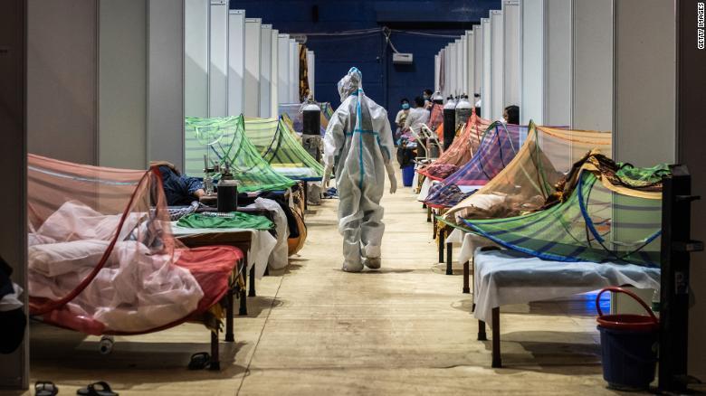 Ấn Độ trong những ngày tăm tối nhất: Phóng viên CNN chia sẻ những gì tận mắt chứng kiến về địa ngục Covid-19 giữa làn sóng dịch bệnh thứ 2-4