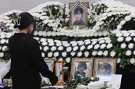 Vụ nữ sĩ quan Hàn Quốc tự tử: Gia đình tiết lộ số kẻ cưỡng bức trong doanh trại, clip hình ảnh của nạn nhân từng bị đồng đội tung lên mạng