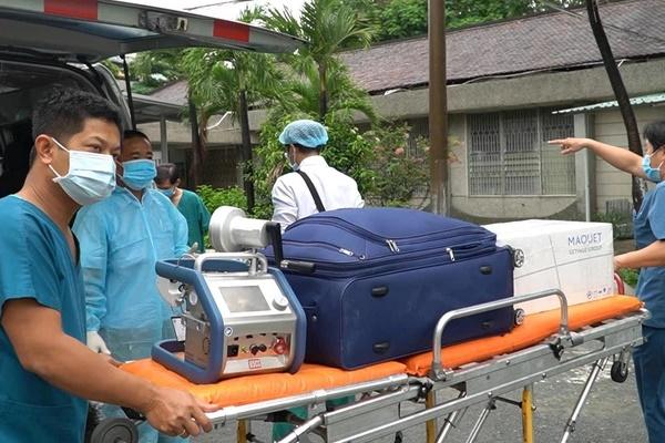 Hành trình đặt ECMO và chuyển chiến sĩ công an mắc COVID-19 về Bệnh viện Chợ Rẫy-3