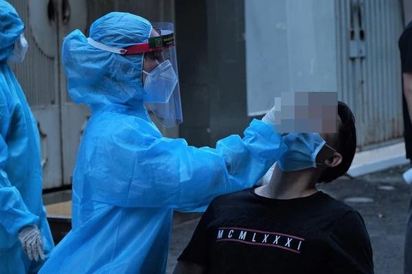 Hà Nội: Phát hiện thêm 4 ca dương tính SARS-CoV-2 ở Đông Anh-1