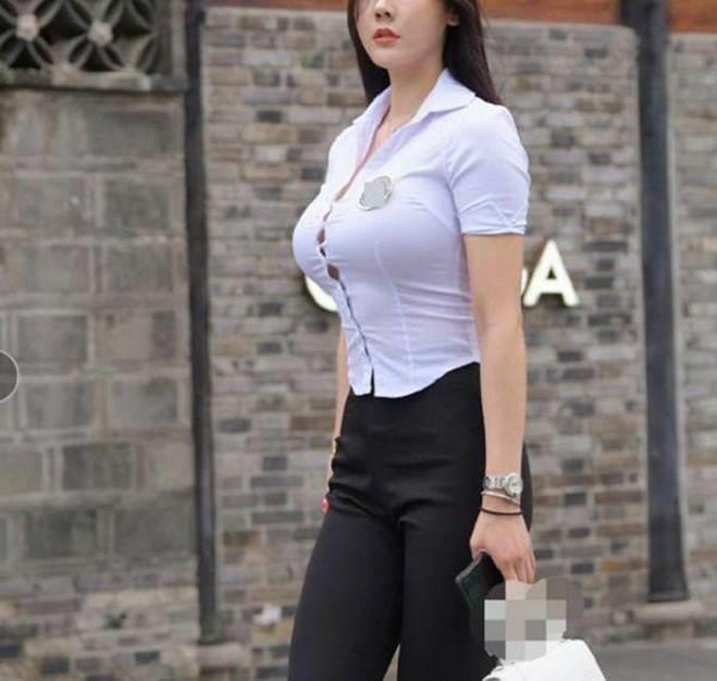 Những trang phục nên tránh bởi cứ mặc là lộ hết nhược điểm cơ thể-1