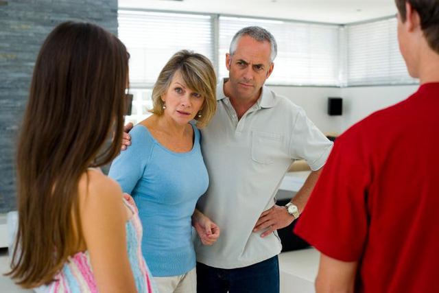 Thanh niên hí hửng khoe có người yêu, chẳng ngờ thân thế bạn gái khiến mẹ anh đùng đùng nổi giận-2