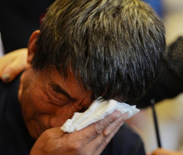 Con gái qua đời trong vụ tai nạn xe 3 năm trước, người cha bất ngờ nhận được tin nhắn giọng nói của cô, sự thật phía sau khiến ai cũng rơi nước mắt-2