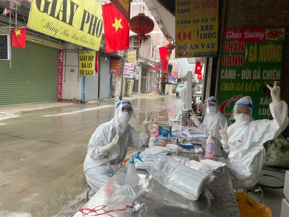Biệt đội săn COVID-19 của Học viện Y dược học Cổ truyền và những ngày máu lửa nhất cuộc đời ở tâm dịch Bắc Giang: Thầy trò chúng em đang sống những ngày ý nghĩa nhất-5