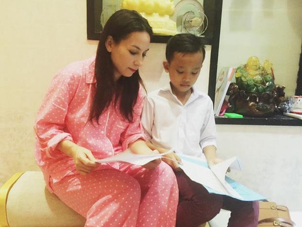 Vì sao Phi Nhung nhận nuôi Hồ Văn Cường 5 năm trước, giọng ca nhí từng kể về cuộc sống thay đổi ra sao?-6