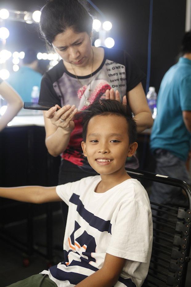 Vì sao Phi Nhung nhận nuôi Hồ Văn Cường 5 năm trước, giọng ca nhí từng kể về cuộc sống thay đổi ra sao?-3
