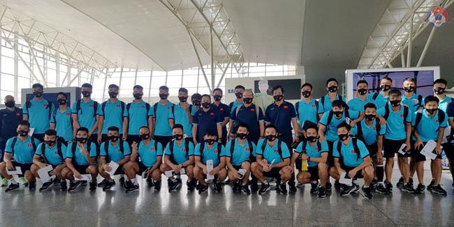 Choáng ngợp với hình ảnh khách sạn 5 sao mà đội tuyển Việt Nam ở tại Dubai-1