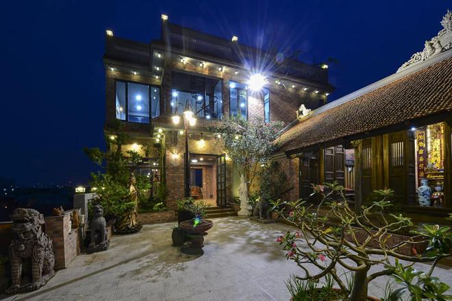 Nhà cổ nằm trên nóc biệt thự gần 500m2 ở Hà Nội-9