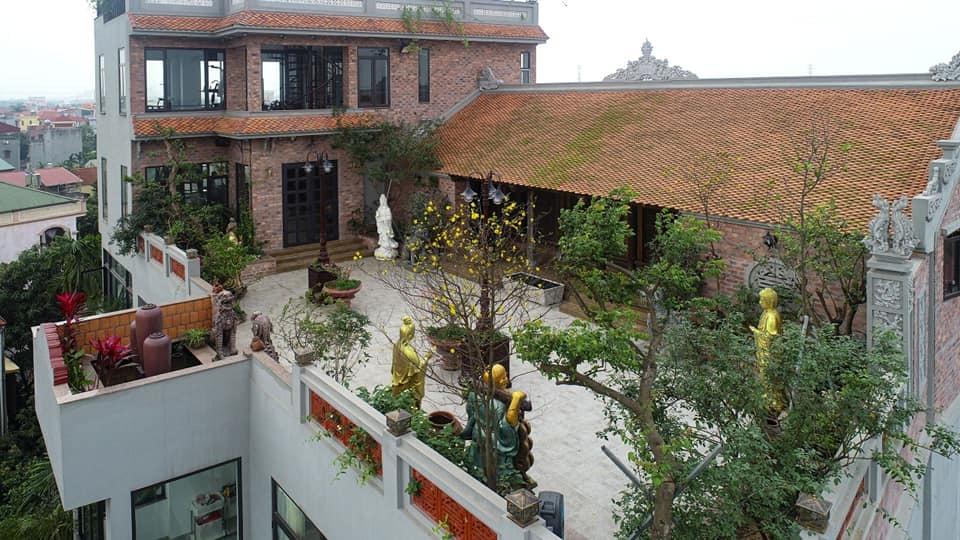Nhà cổ nằm trên nóc biệt thự gần 500m2 ở Hà Nội-17