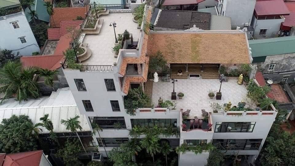 Nhà cổ nằm trên nóc biệt thự gần 500m2 ở Hà Nội-18