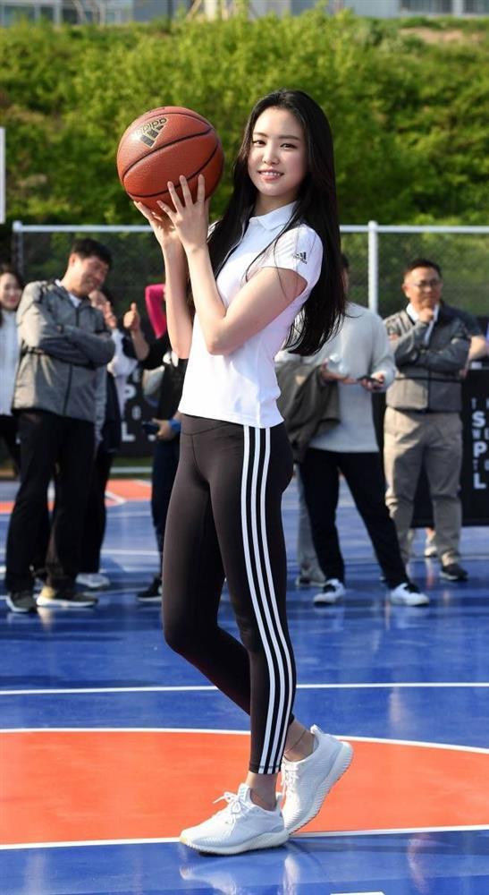 Body đẹp nhất xứ Kim chi, bảo sao 10 mỹ nhân này có lên đồ đơn giản cũng sexy hết nấc-14