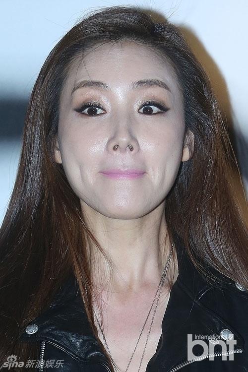 Người đẹp khóc Choi Ji Woo: Từng có giai đoạn mặt sưng phù cứng đơ vì tiêm Botox-7