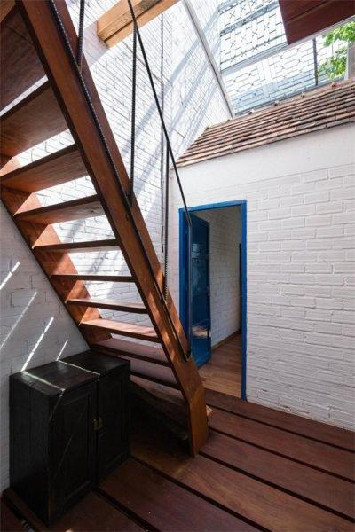 Căn nhà bên ngoài lụp xụp, rộng chỉ 3m nhưng bên trong lại có thiết kế đặc biệt, chỉ nhìn thôi đã mê rồi-7