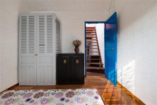 Căn nhà bên ngoài lụp xụp, rộng chỉ 3m nhưng bên trong lại có thiết kế đặc biệt, chỉ nhìn thôi đã mê rồi-8