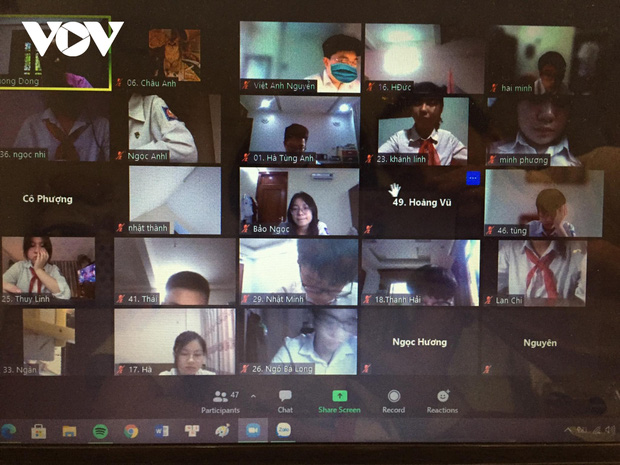 Hôm nay (11/6), hơn 93.000 thí sinh tại Hà Nội làm thủ tục dự thi lớp 10 online-1