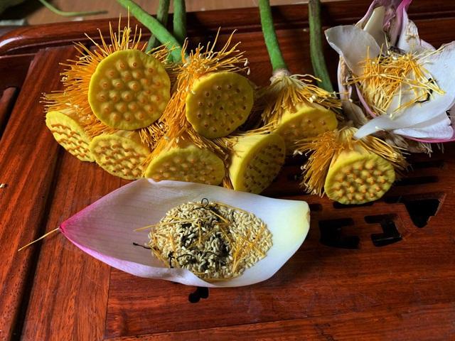 Trà ướp sen chát trước ngọt sau giá 10 triệu đồng/kg-1
