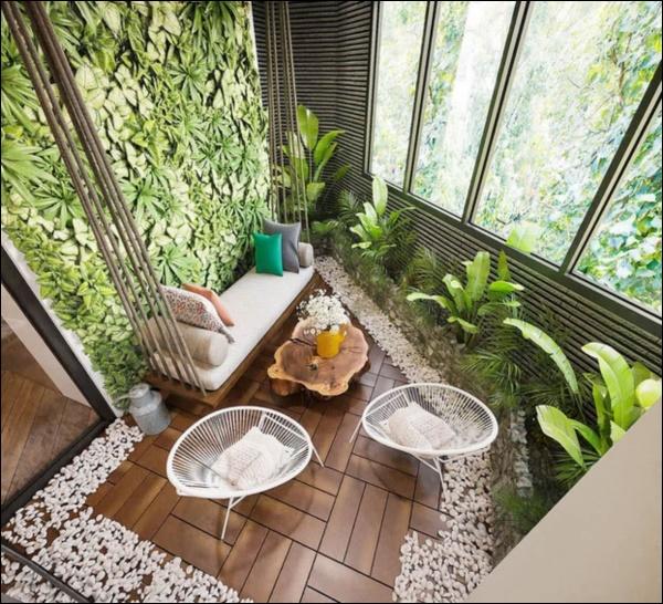 Hồng Đăng tự tay chăm chút cho khu vườn nhỏ trong biệt thự hoàng tráng2 mặt tiền tọa lạc ngay trung tâm Tp.Hà Nội-7