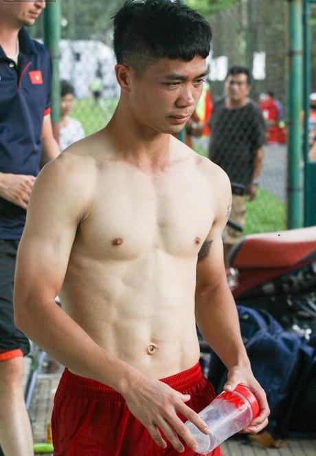 """Vòng loại World Cup 2022 đêm nay: Đoàn quân 6 múi của đội tuyển Việt Nam sẵn sàng bẻ nanh"""" những chú hổ Malaysia!-3"""