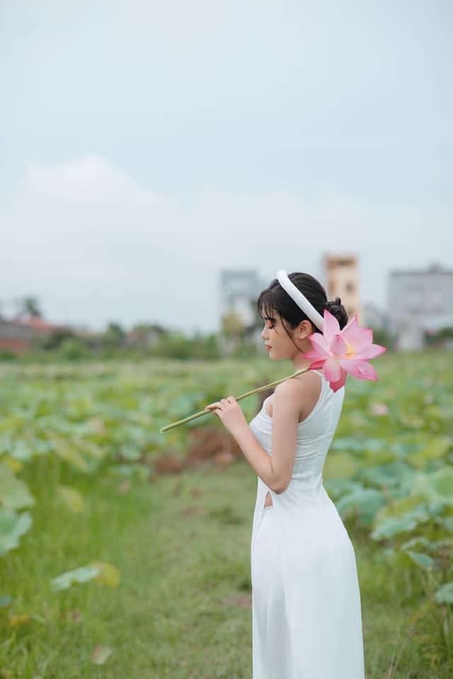 Con gái Hiệp Gà 17 tuổi: Phổng phao, cao lớn, được khuyên đi thi Hoa hậu-4