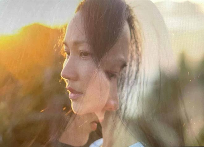 Kim Hiền: Nhớ, đau và nước mắt nuốt vào trong trong ngày đặc biệt-2
