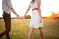 """Nắm tay """"bạn thân"""" đi chơi bị người yêu phát hiện, chàng trai hùng hồn chấp thuận chia tay và điều muối mặt phải nhận sau3 năm"""