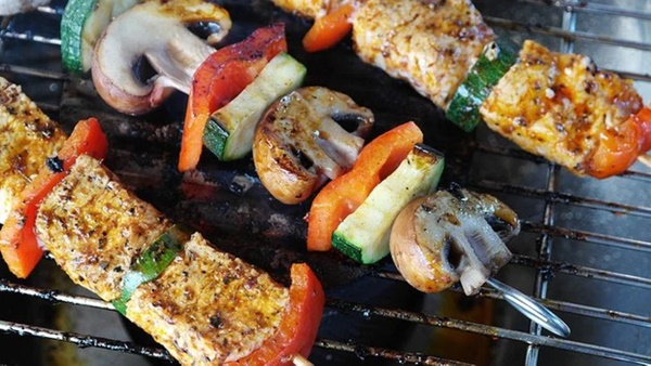 8 loại thực phẩm không nên hâm nóng bằng lò vi sóng vì gây hại cho sức khỏe và làm tăng nguy cơ ung thư-4