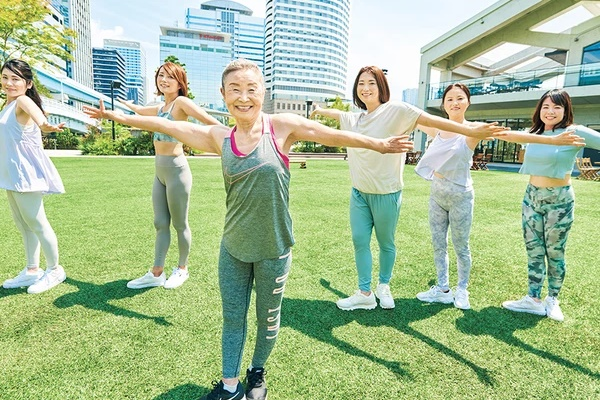Cụ bà Nhật Bản 90 tuổi nhưng làn da vẫn căng bóng, cơ thể dẻo dai như thiếu nữ: Bí quyết trẻ lâu, sống thọ đến từ 4 kiểu ăn uống đơn giản-2
