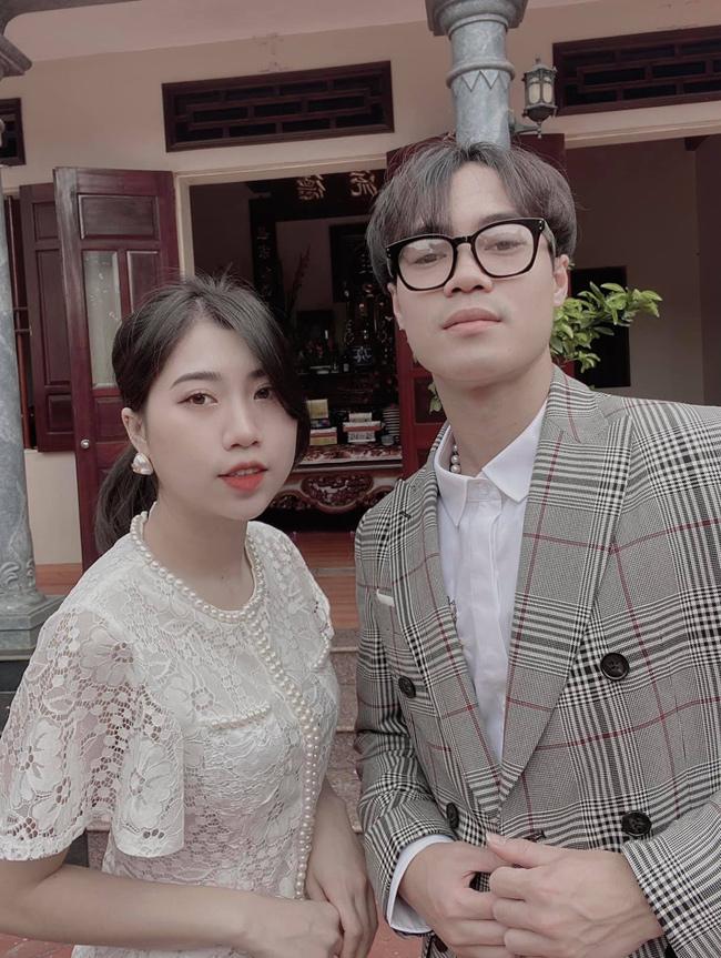 Em gái cầu thủ Văn Toàn ngày càng xinh đẹp, tiết lộ điều đặc biệt về anh trai-1