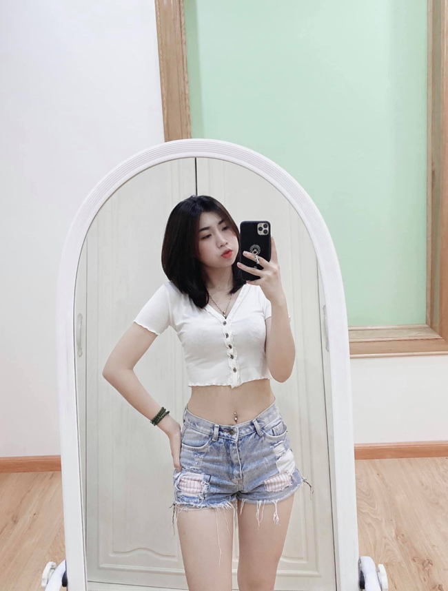 Em gái cầu thủ Văn Toàn ngày càng xinh đẹp, tiết lộ điều đặc biệt về anh trai-5