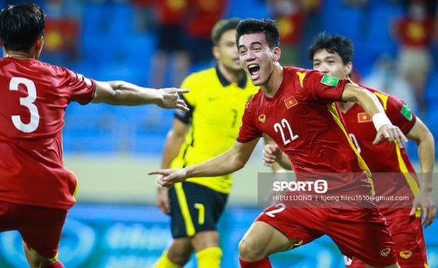 Việt Nam diệt gọn Malaysia ở hiệp đấu đầu tiên: 1-0 rồi!-1