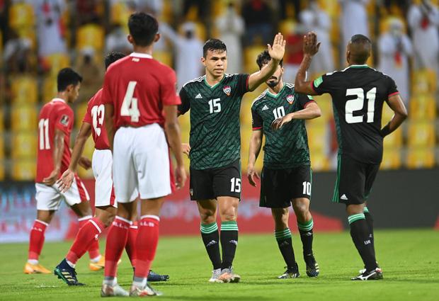 HLV Park Hang-seo bị cấm chỉ đạo trận UAE-3