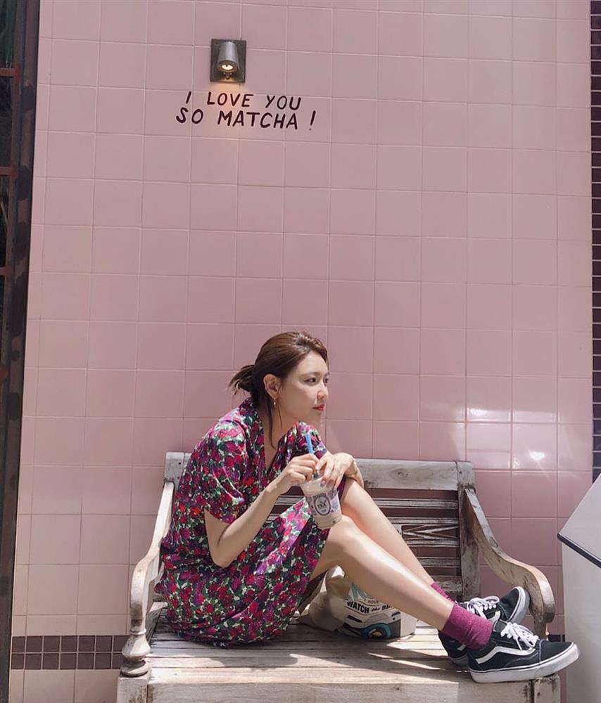 Mỹ nhân SNSD diện váy đẹp mê theo style Pháp, hội chị em 30+ lại có thêm nhiều ý tưởng mặc đẹp-13