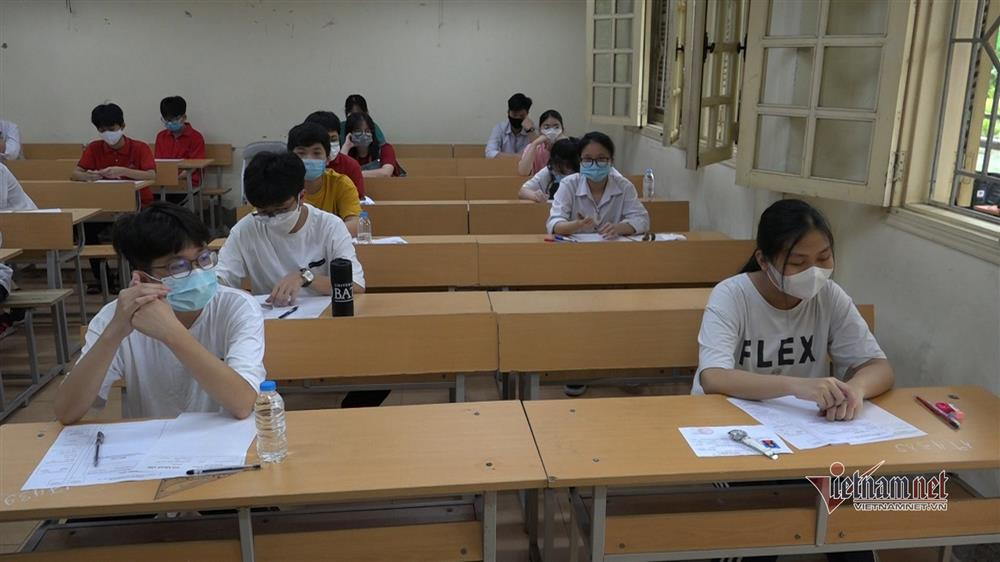 Đề Ngữ văn thi lớp 10 Hà Nội: Chuẩn xác nhưng cũ kỹ, bảo thủ?-2