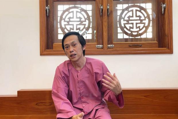 """Hoá ra Hoài Linh từng xây nhà thờ rộng lớn ở Quảng Nam, hàng xóm ở đây bóc"""" con người nam NS ngoài đời ra sao?-3"""