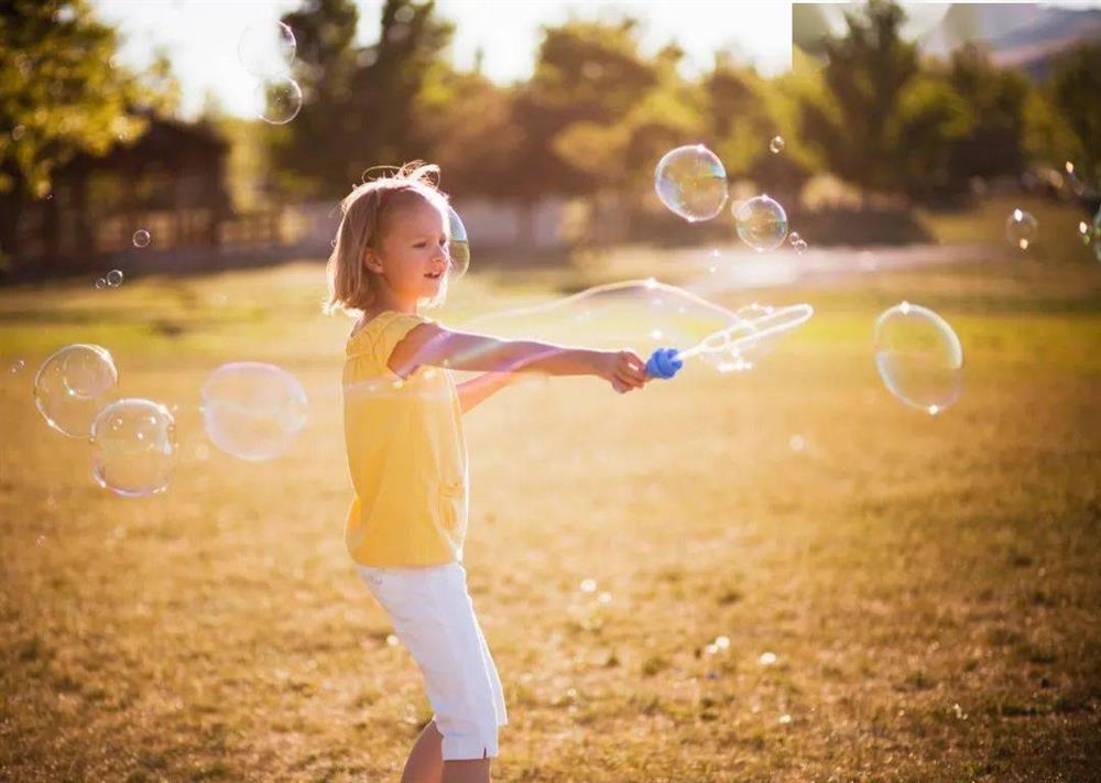 Những thói quen xấu thường ngày của cha mẹ sẽ ảnh hưởng lớn đến cuộc đời của con cái-1