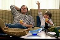Những thói quen xấu thường ngày của cha mẹ sẽ ảnh hưởng lớn đến cuộc đời của con cái