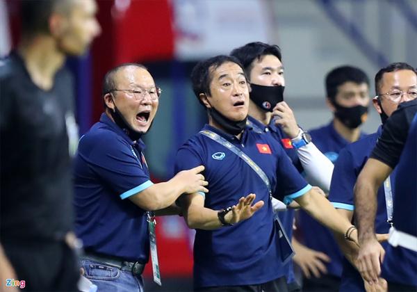 Người đại diện phủ nhận HLV Park sắp rời tuyển Việt Nam-1