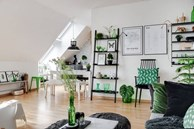 Ngôi nhà 'chơi màu' bằng sự tươi mát của sắc xanh lá cây trong trang trí, chỉ nhìn thoáng qua đã thấy đẹp trong từng centimet