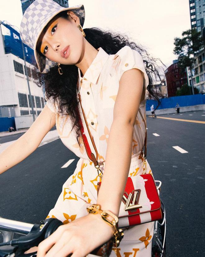 Để tóc xù mì đẹp nhất Vbiz chắc chắn là Khánh Linh!-9