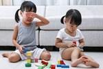Nhiều người dạy con đánh trả khi bị bắt nạt, cha mẹ thông minh có cách xử lý khác, nhẹ nhàng nhưng hiệu quả hơn nhiều