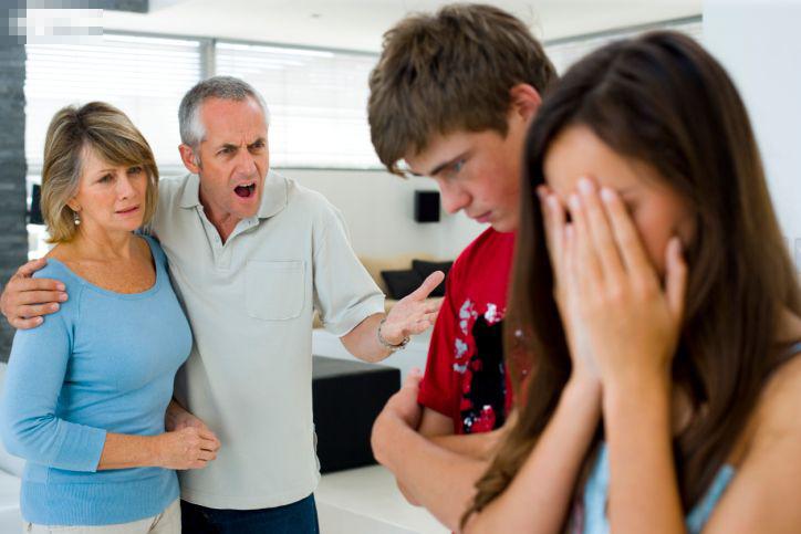 Nhất quyết không đẻ thêm con trai vì đã sinh mổ 2 lần, nàng dâu cay đắng vì yêu cầu quá quắt của bố mẹ chồng-2