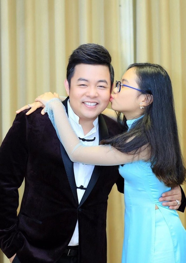 Quang Lê đăng ảnh cực tình cảm với con nuôi Phương Mỹ Chi, netizen spam ngay ảnh Phi Nhung và Hồ Văn Cường nhằm so sánh 1 điều!-4